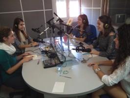 Autores del llibre Dents de lleó a Ràdio Nova