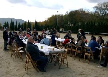 Ass veïns barri la Pau i la Lluna festa inauguracio Foto facebook associació