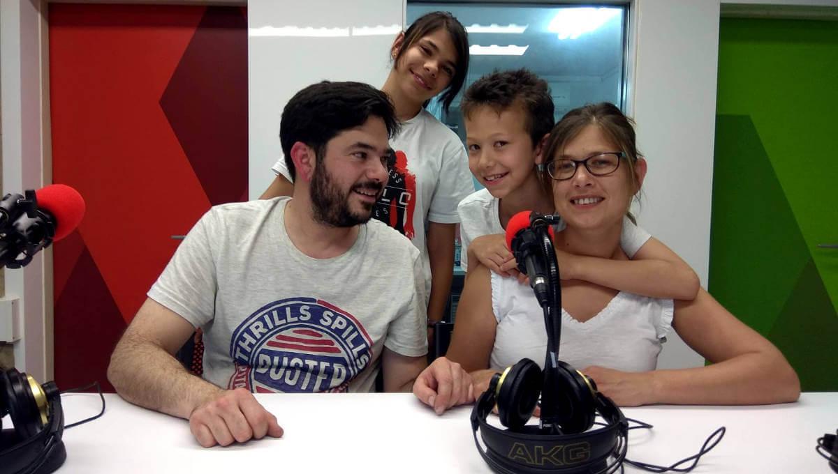 Emilia Gonzalez Emilio Marin Alba Issaac Festa solidaria investigacio cancer infantil (6)-1200