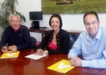 Signatura conveni amb Isidre Rosich viver (1)