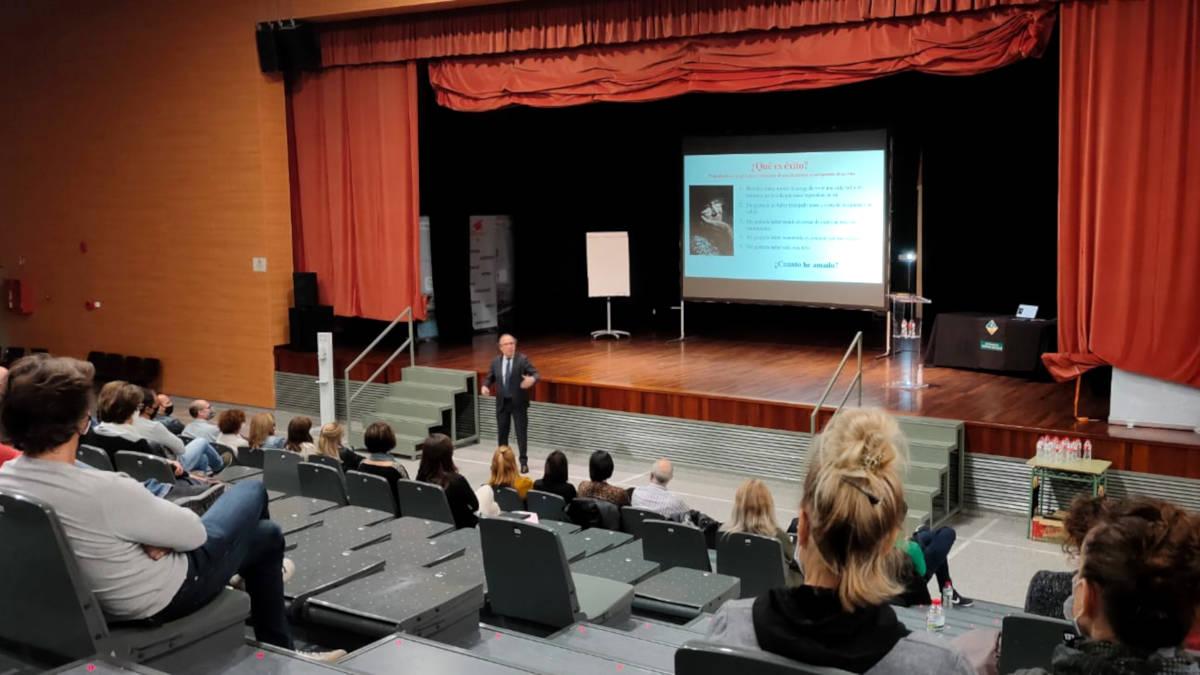 homenatge comunitat educativa 2020 2(11)