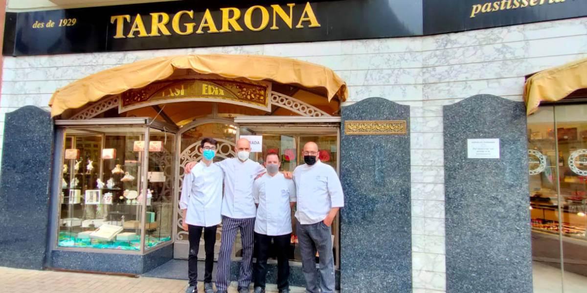 Targarona equip pastisseria Sant Jordi 2021 (1)