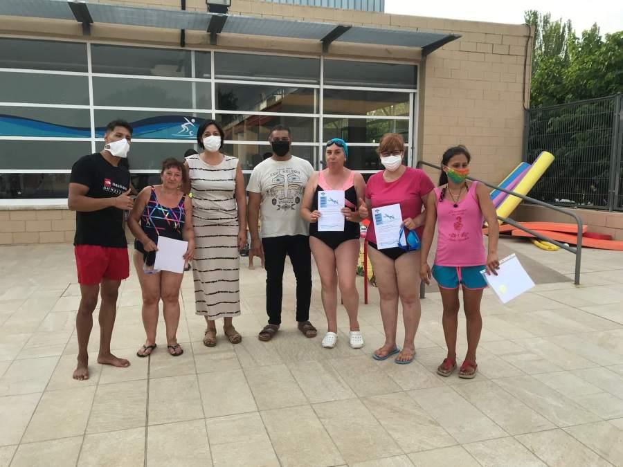Cloenda cursos natacio 2021 entrega diplomes adults vespre