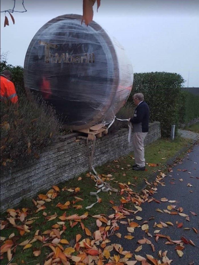 Vildmarksbad I Glasfiber Termotræ Med Udvendig Ovn, Bjarke, Østbirk, Danmark (1)