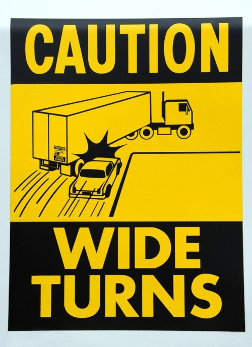 Fort Myers Wide Turn Truck Accident Lawyers