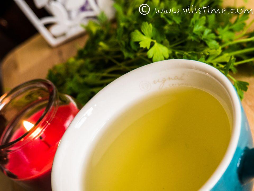 Защо всеки ден пия чай от пресен магданоз