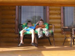 Дети отдыхают