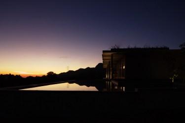 villa-arun-bali-pool-view-night-01