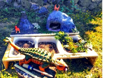 dino7 - Dino Landschaft - Eine Montessori inspirierte Spielwelt