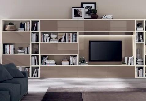 pareti attrezzate moderne i locali interni, dove si necessitano funzionalità ed ergonomia, rispecchiano lo stile di chi li frequenta, per tale ragione l'acquisto dell'arredamento è fondamentale. Pareti Attrezzate Scavolini Vimercate