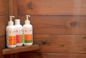 Ole Hyvä suihkusaippuat ja shampoot