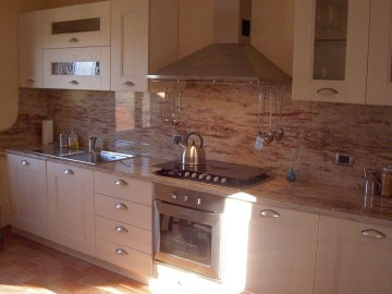 self catering apartment with pool in Umbria