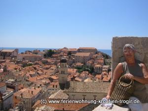 UNESCO-Weltkulturerbe Dubrovnik. Auf der Stadtmauer kann man die Altstadt umrunden. Foto: Michael Dunker