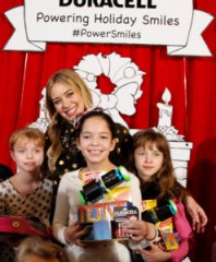 """Hilary Duff kicks off the Duracell """"Powering Holiday Smiles"""" program benefiting Children's Miracle Network by handing out toys and the Duracell batteries that power them at The Hospital for Sick Children (SickKids) in Toronto."""