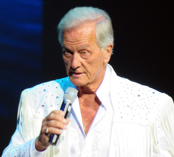Pat Boone in soldout show at Sharon takes audience on his