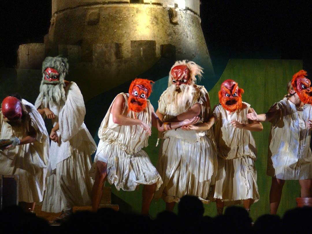 villaggio-le-palme-ascea-velia-teatro-001.jpg?fit=1080%2C810&ssl=1