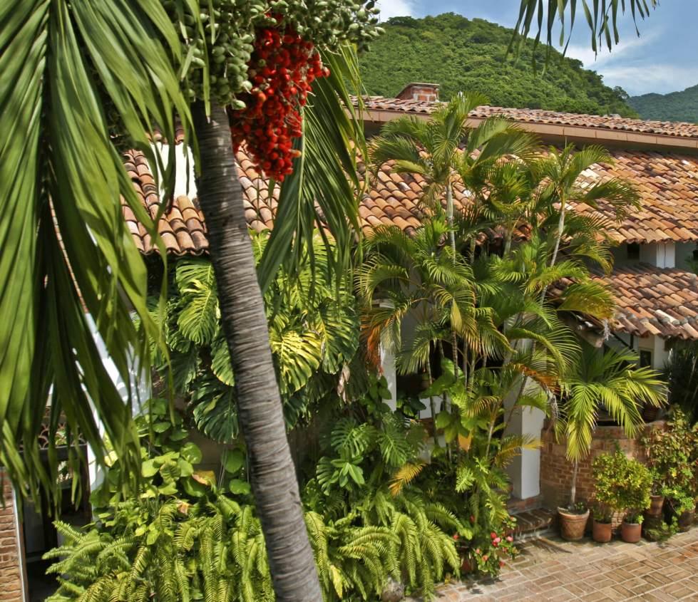 slide2-our-villa-3.jpg