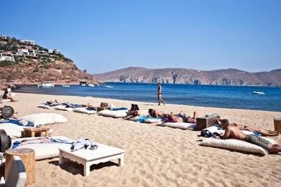 Relax in Panormos beach