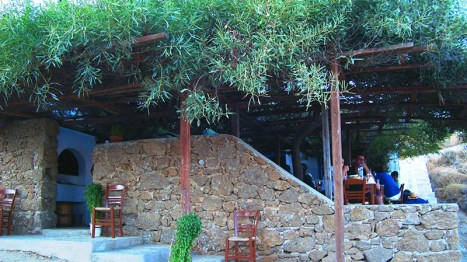 The beautiful Kiki's tavern in Agios Sostis