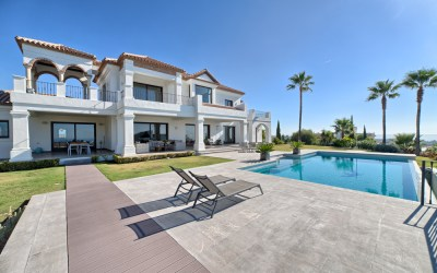 Large Villa in Los Flamingos Resort for Sale – 4,950,000 euros