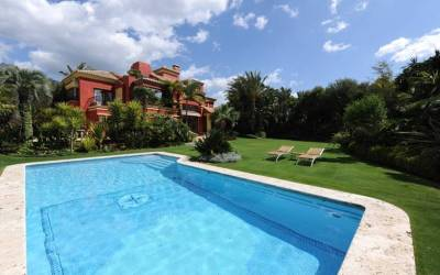 Altos de Puente Romano Villa for Sale – 4,500,000 euros