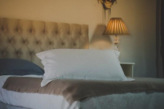 Tyynyliina valkoinen