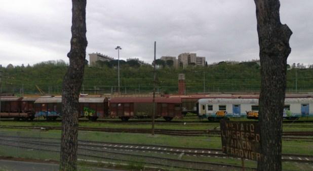 Furto di gasolio allo scalo ferroviario di via Cortona