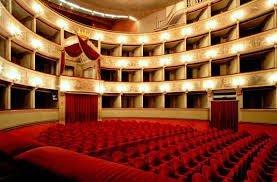 Teatro del Giglio a Lucca