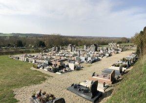 Vue générale du cimetière de Conty