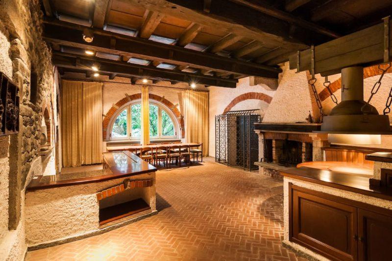 Progettare la taverna come scegliere i materiali  Ville