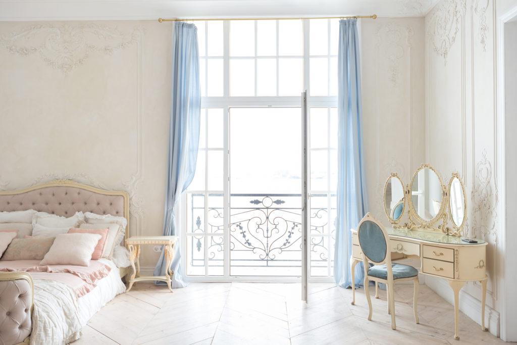 Di fatto, esiste anche la tendenza d'arredamento in stile moderno barocco. I Consigli Per Arredare In Stile Barocco Moderno Ville Casali