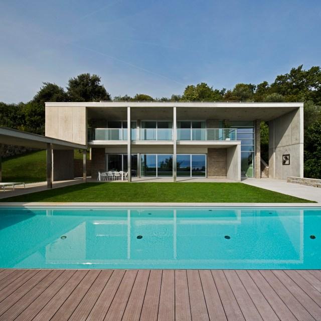 Villa in pietra piasentina