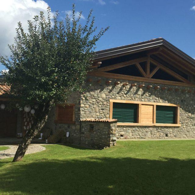 Villa in pietra Ciottoli