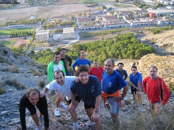 Atletas populares de Villena durante un entrenamiento.