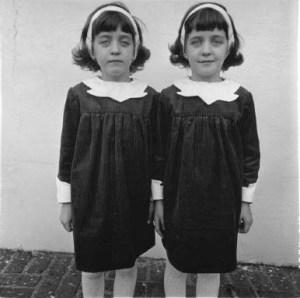 jumelles-de-diane-arbus