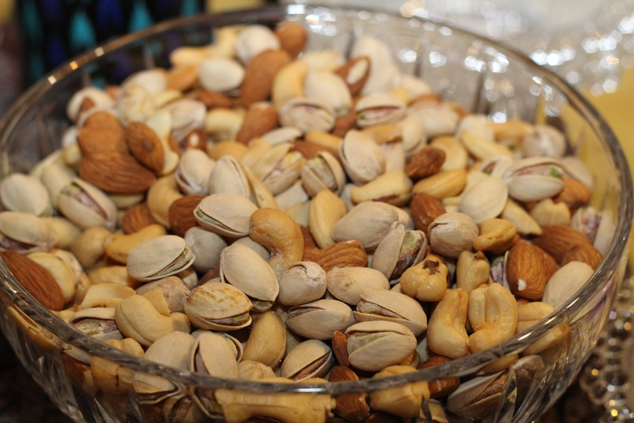 Nuts Belly Flat Food