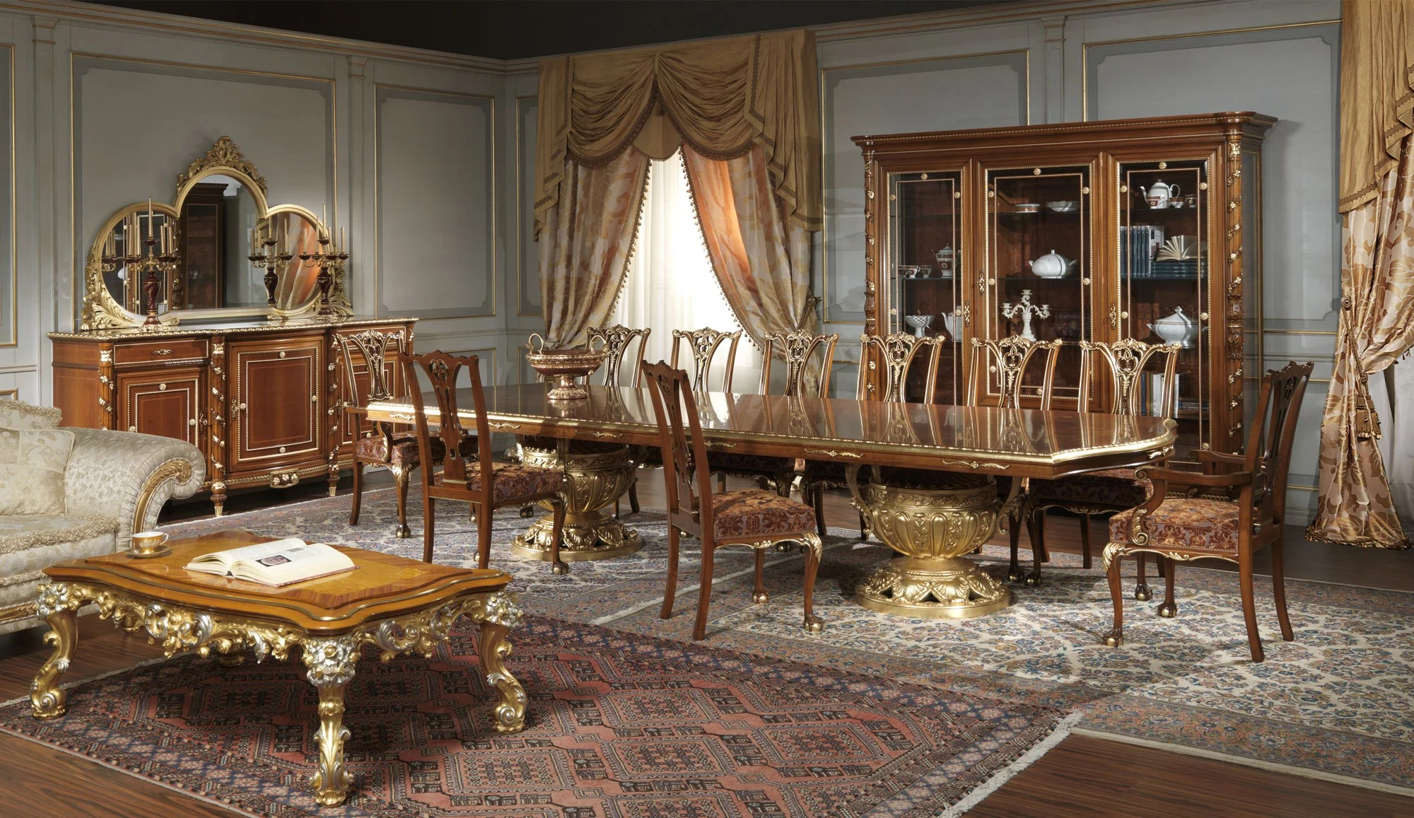 Classic dining rooms in classic style made in Italy