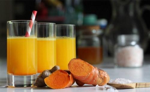 Mỗi ngày 1 ly nước nghệ giúp ngừa ung thư và tươi trẻ mãi