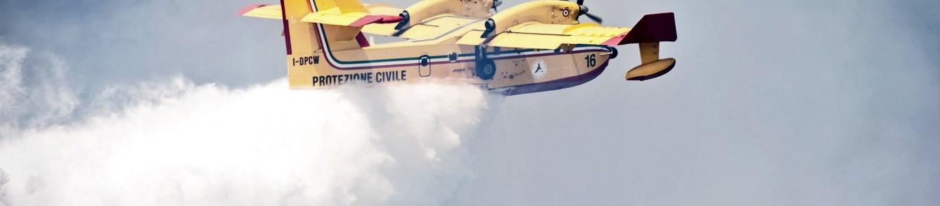 Incendi boschivi: 450 richieste d'intervento della flotta aerea dello Stato
