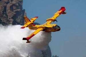 Wiking Air 415, il canadair della Protezione Civile