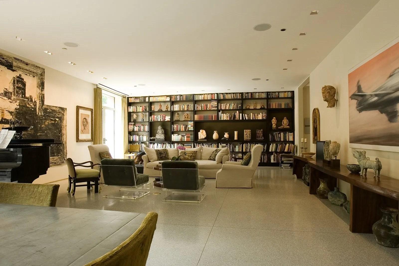 Gold Coast Apartment  Vinci Hamp Architects