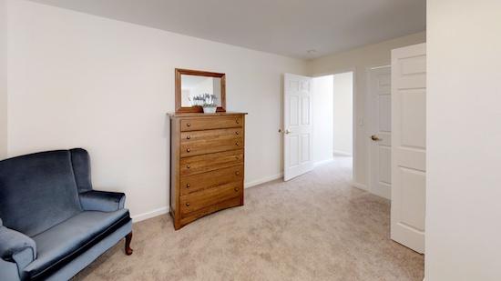636-Stone-Circle-Bedroom1