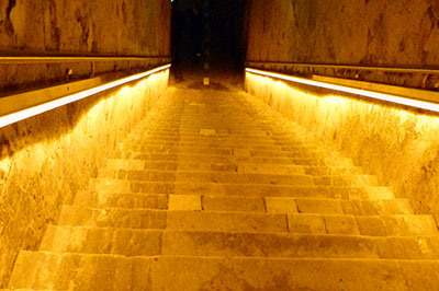 Champagne Veuve Clicquot - Escalier Millesimes