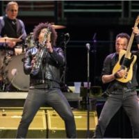 bruce-springsteen-and-the-e-street-band_01