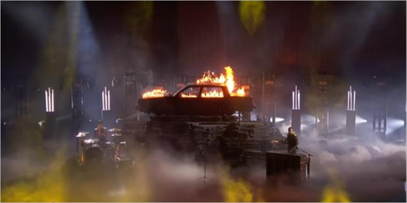 Twenty One Pilots - Jumpsuit (Live from the American Music Awards)