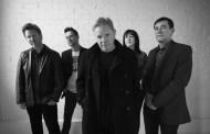 Peter Hook demanda multimillonaria a sus antiguos compañeros de New Order