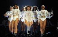 Beyoncé el disco más vendido en USA, pero Drake será de nuevo #1