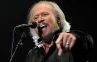 Barry Gibb no actuará finalmente con Coldplay en Glastonbury