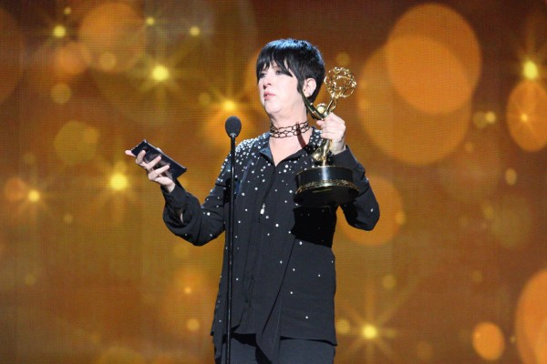 Diane Warren gana su primer Emmy por Til it happens to you