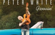 Peter White consigue el #1 en Contemporary Jazz con Groovin'